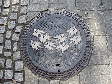 shirasagi_manhole