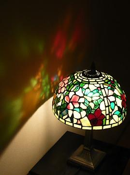ステンドグラスの明かり1