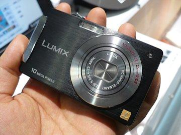 Lumix_01