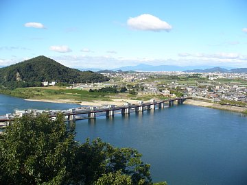 Inuyama_view2_8